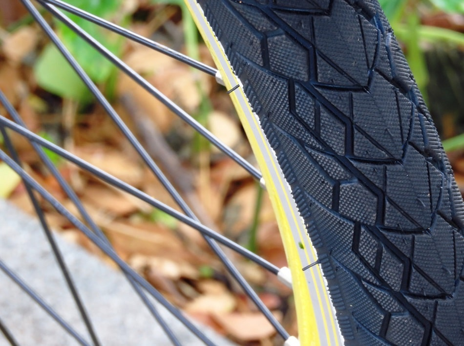 How to Seat a Tubeless Tire